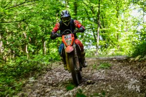 enduro ride in the forest ENDURO TOURS BULGARIA